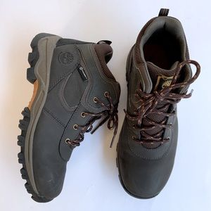 Timberland Boots for Boys or Women's 5